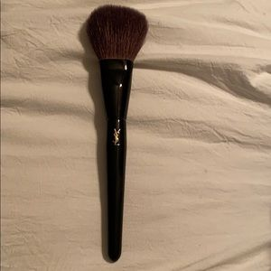 Yves Saint Laurent Makeup - NEW Yves Saint Laurent Beauty Powder Brush